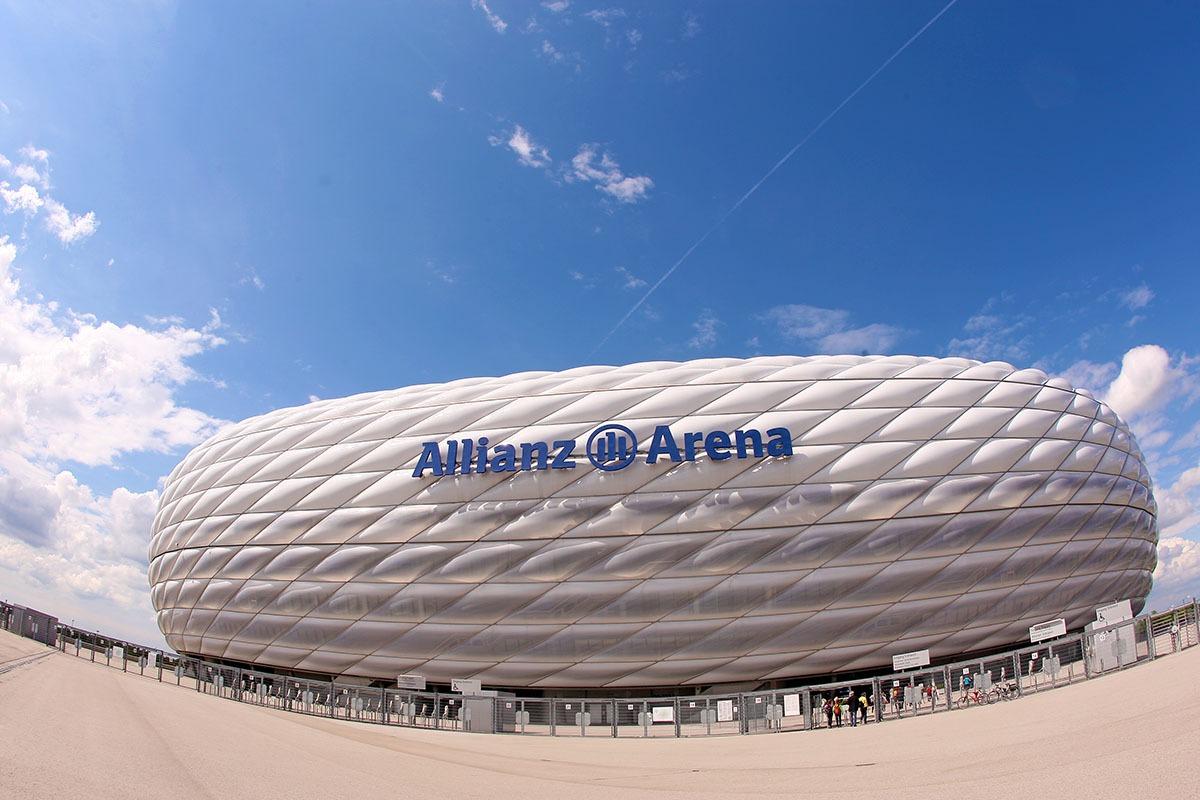 Allianz_Arena_vedere_a_intregului_stadion