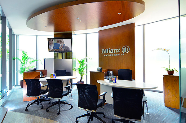 allianz platinum lounge
