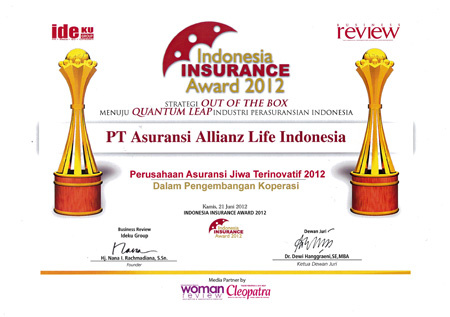 This image has an empty alt attribute; its file name is allianz-awards-2012-1.jpg