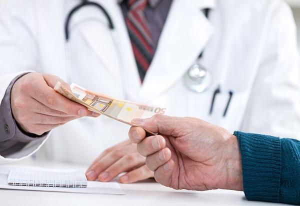 Kencing Saja Bayar, Apalagi Kalau Jatuh Sakit. Tidak ada yang Gratis
