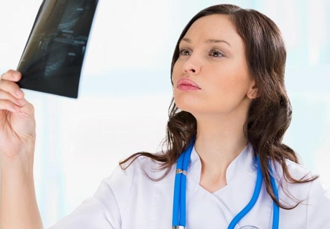 Mengenal Profesi Dokter Urologist