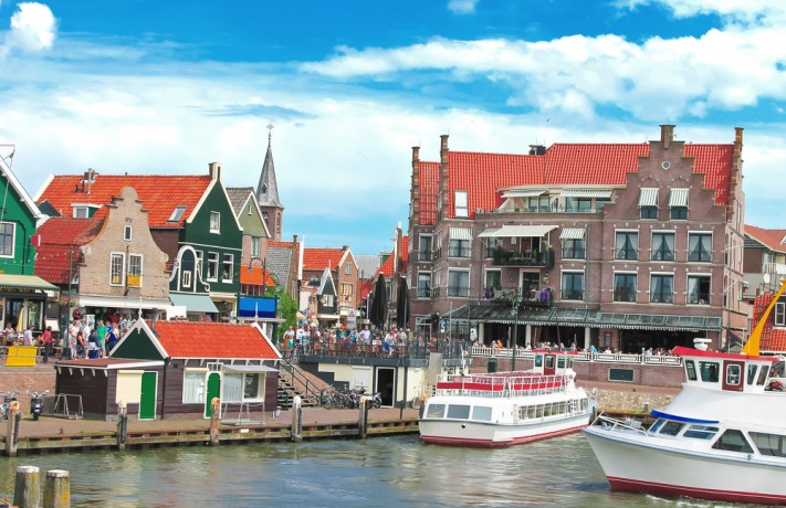 Jalan-Jalan ke Volendam, Belanda