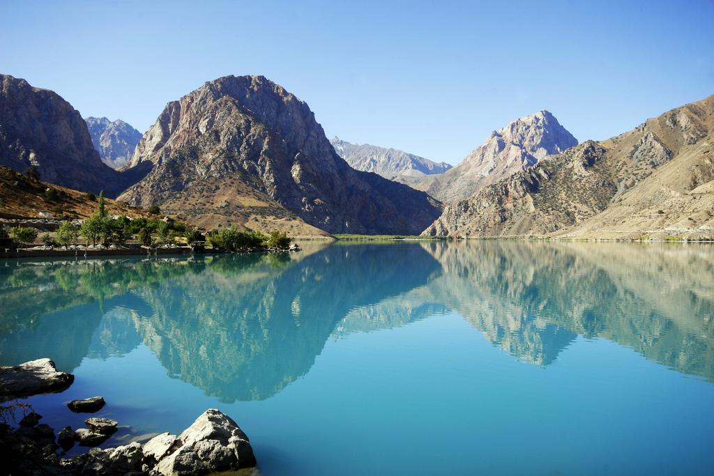 Berwisata ke Tajikistan